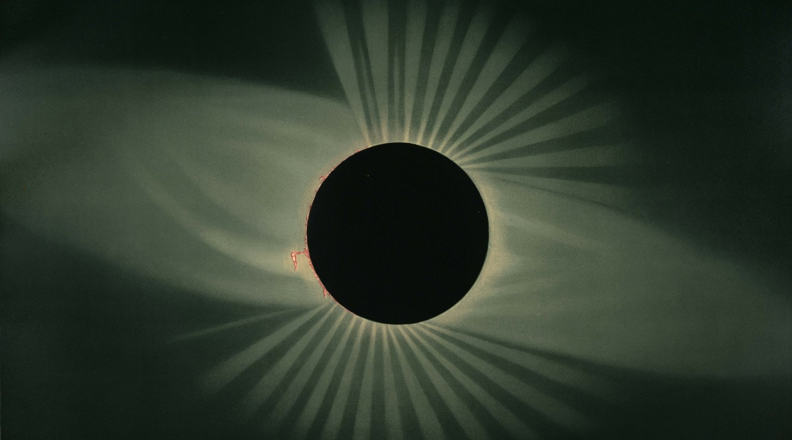 When is the next eclipse why you need to see another for Why shouldn t you look at a solar eclipse