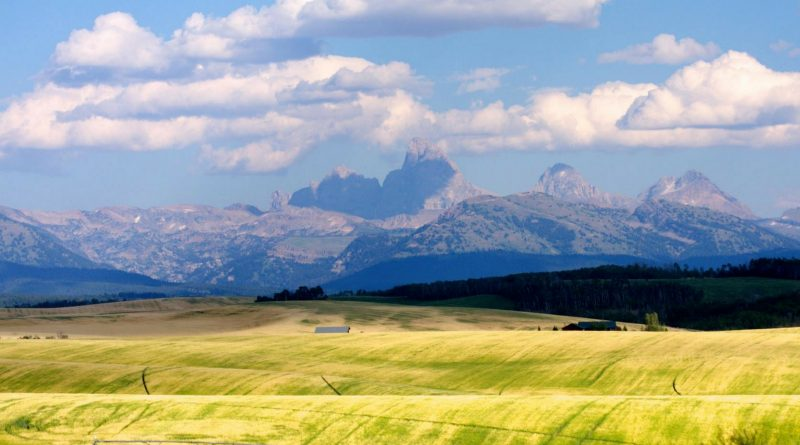 Avoid the crowds in Grand Tetons National Park by going to Idaho