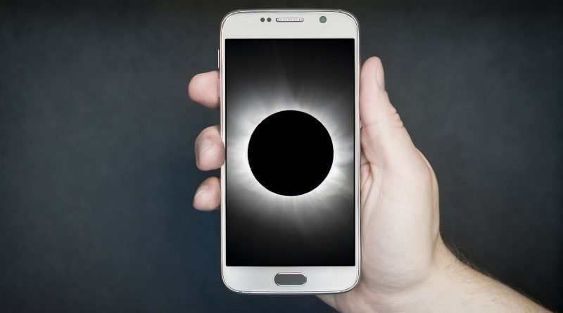 Eclipse live-stream to phone
